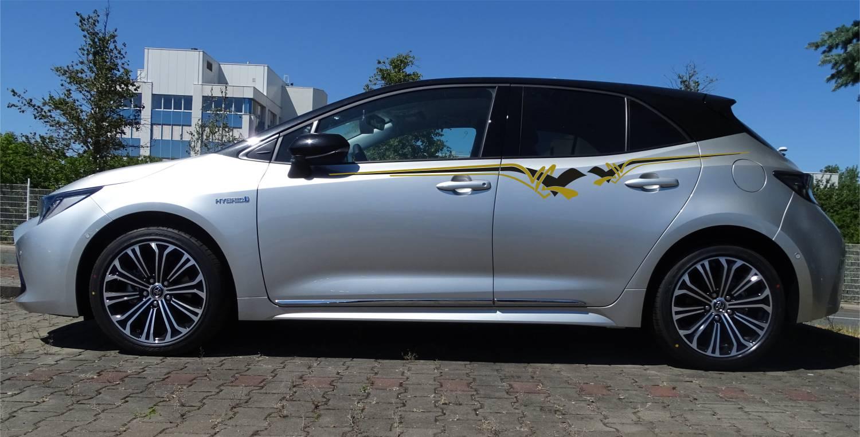 Toyota Corolla Set 311 schwarz/gold