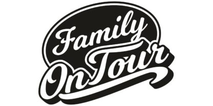 Family on Tour No. 417